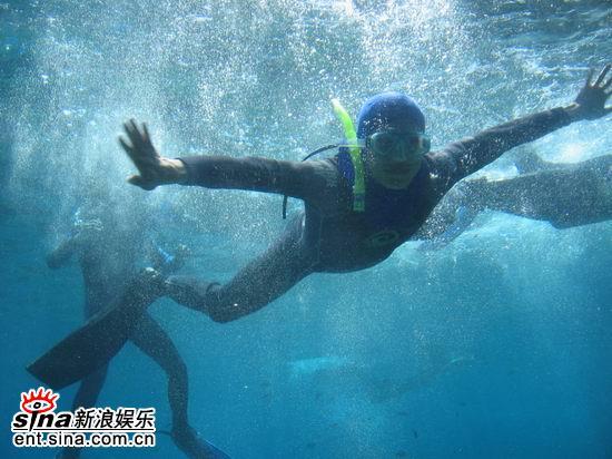 图文:青春之星澳洲之旅--水中畅游