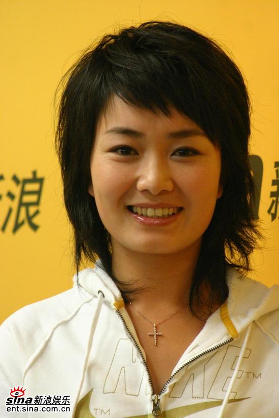 图文:《娜可》携手新浪盘点05娱乐圈--刘娜微微笑