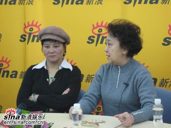 图文:乔燕和谈到民族责任是精髓