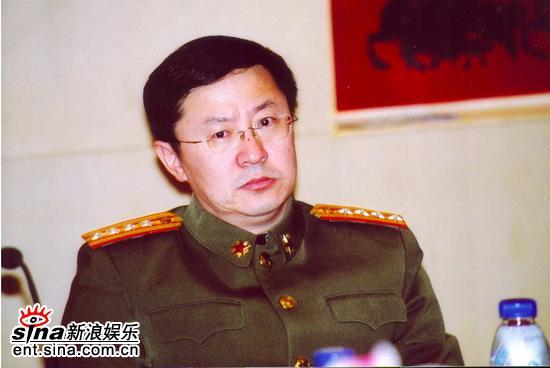 图文:解放军总政治部宣传部艺术局李洋大校