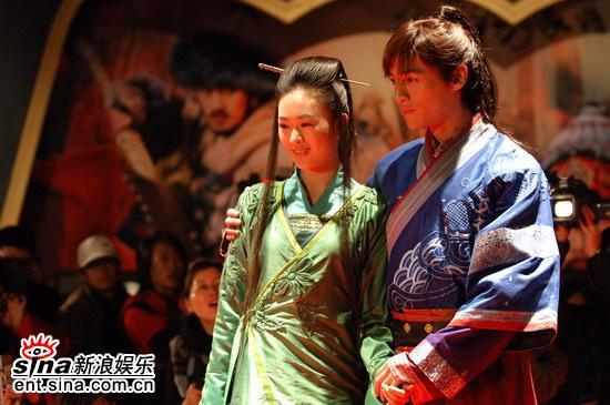 图文:《少年杨家将》开机仪式--童谣和胡歌