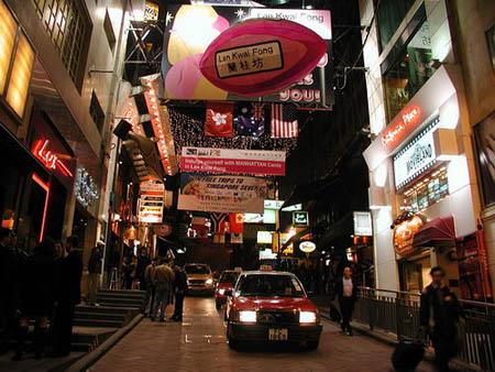 兰桂坊人体艺术照片_正文  兰桂坊  点击此处查看全部娱乐图片   兰桂坊是香港中环的一条