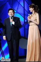 组图:上海电视节开幕庆典林志玲成龙献唱