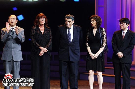 图文:上海电视节闭幕--纪录片类白玉兰奖评委