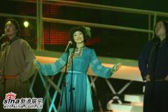 """组图:""""为中国喝彩""""唱响欢庆香港回归九周年"""