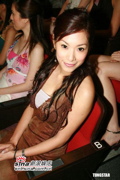 组图:2006年度香港小姐4号候选佳丽黄莹