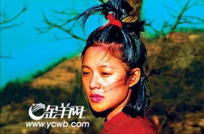 图文:孔镱珊揭秘周韵大肚事件-李东方妈妈