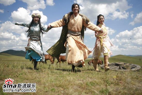 图文:《射雕》草原热拍--在大草原上奔跑