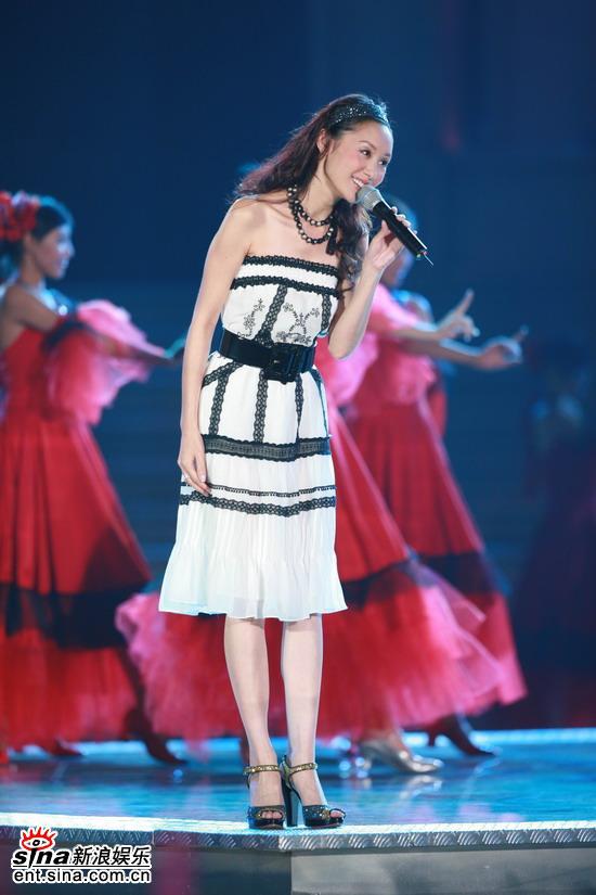 图文:《欢乐中国行-魅力广州》--郭可盈