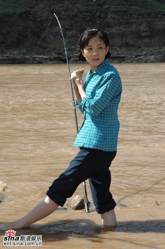 图文:《黄河九十九道弯》开机--剧中的张莉莉