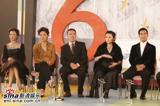 图文:金鹰节明星面对面--五位获奖演员