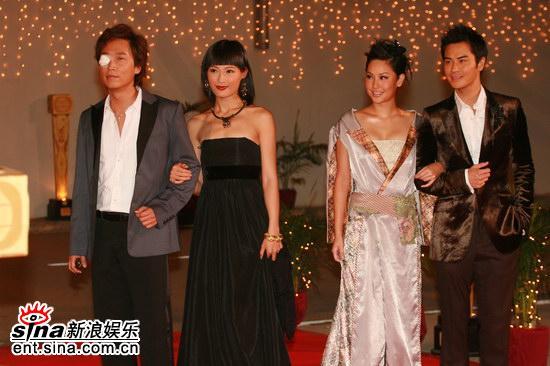 tvb颁奖礼2011_图文:tvb颁奖礼红地毯--马浚伟徐子淇郑嘉颖等
