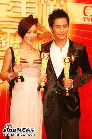 图文:TVB39周年台庆颁奖--最佳男女主角合影