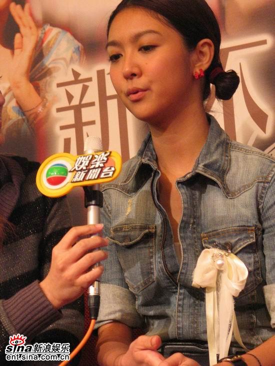 图文:《新不了情》广州发布会--薛凯琪接受访问