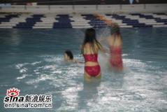 组图:红楼梦选手封闭训练温泉戏水美不胜收