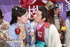 组图:杨思琦、李诗韵出席《天机算》宣传活动