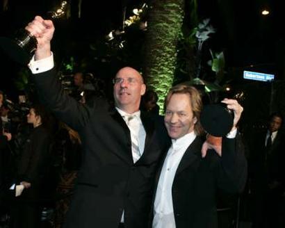 图文:罗伯特・哈德森与鲍比亮相名利场酒会