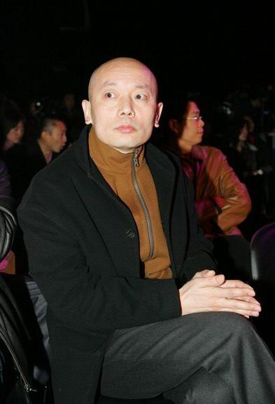 图文:葛优出席首届中国电影排行榜开榜仪式