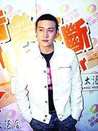 陆毅长沙宣传新专辑直言郭晶晶不适合娱乐圈