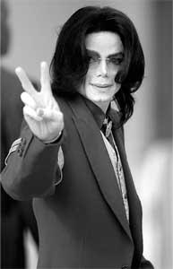 杰克逊奢靡不悔以成名曲版权做抵押借债当富人