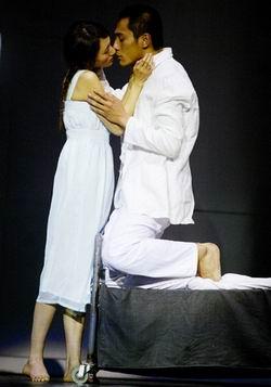 《琥珀》北京首演刘烨:我与袁泉点到为止(图)