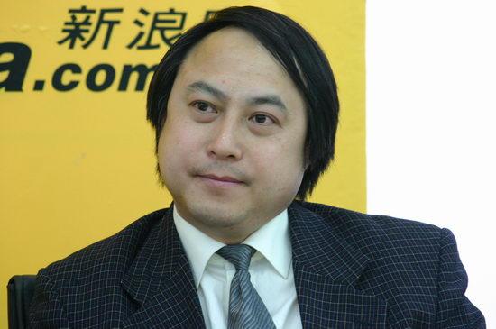 图文:成都博物院院长王毅作客新浪聊《金沙》