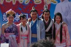 组图:蔡琳、张家辉出席《新醉打金枝》记者会