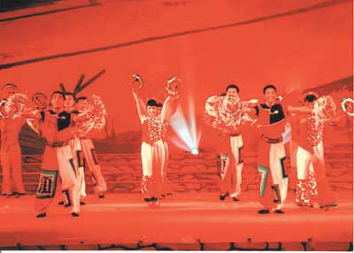 民歌演绎红色地方志兼容并蓄展风情(图)