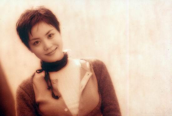 资料图片:王菲早期精彩写真(8)