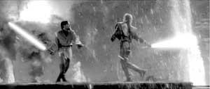 影迷痴迷《星战》展开模仿秀私造光剑决斗烧伤