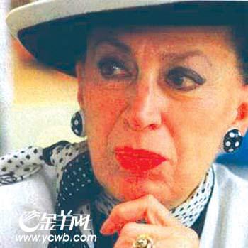 """裸照惹出大风波""""法国小姐""""被打入""""冷宫""""半年"""