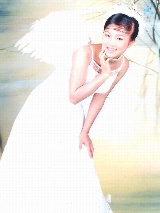 资料图片:2005年度星姐选举参赛选手-罗雄