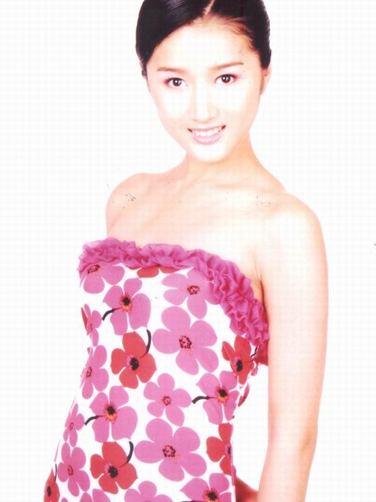 资料图片:2005年度星姐选举参赛选手-赵卓娜