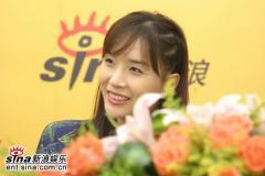 韩国美女河莉秀与新浪网友零距离交流(附视频)