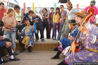 图文:草原狂欢节-蒙古民族音乐表演