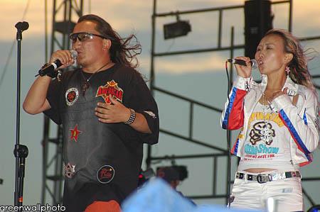 资料图片:草原音乐节狂欢现场--达尔汗乐队