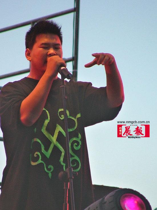 图文:草原音乐节-内蒙古3797乐队