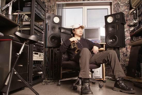 资料图片:摇滚中的崔健(3)