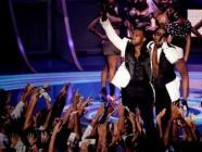 组图:MTV音乐录影带大奖颁奖礼现场精彩纷呈