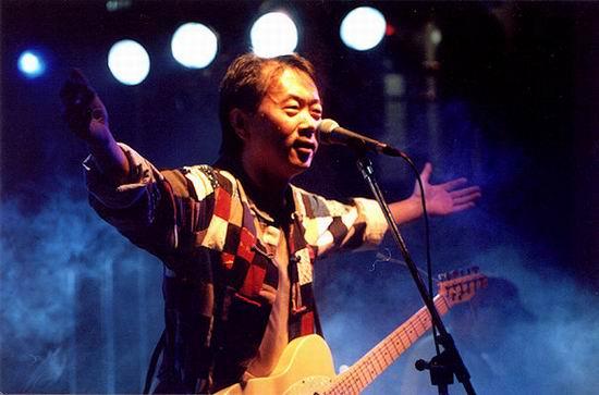 中国摇滚乐歌手排名_崔健:我对中国的摇滚乐充满希望