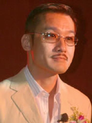 资料图片:《倾城之恋》特邀演员-梁家辉