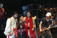 组图:崔健开唱让首体摇滚12年轮回完美谢幕