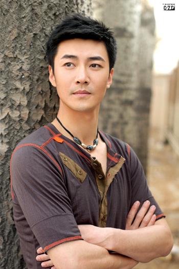 2006年度影视星锐榜选手--李进荣