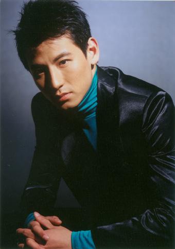 2006年度影视星锐榜选手--钱泳辰