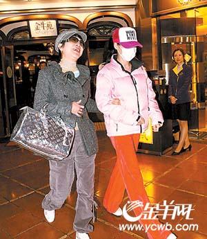 张柏芝已怀孕三个月