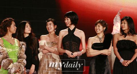 韩国观众坚决反对废止《女杰6》