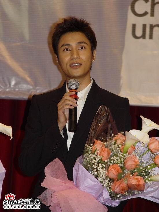 图文:《理发师》上海特别献映活动--陈坤发言