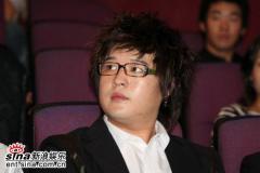 组图:《王的男人》导演新作首映张东健等助阵