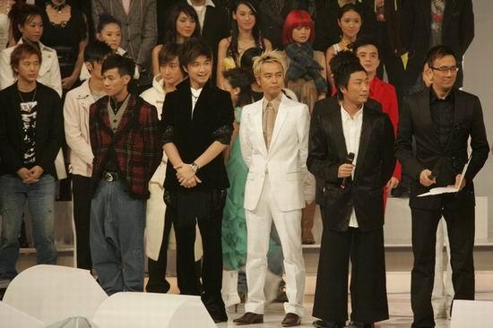 组图:2004年度TVB十大劲歌金曲颁奖典礼现场