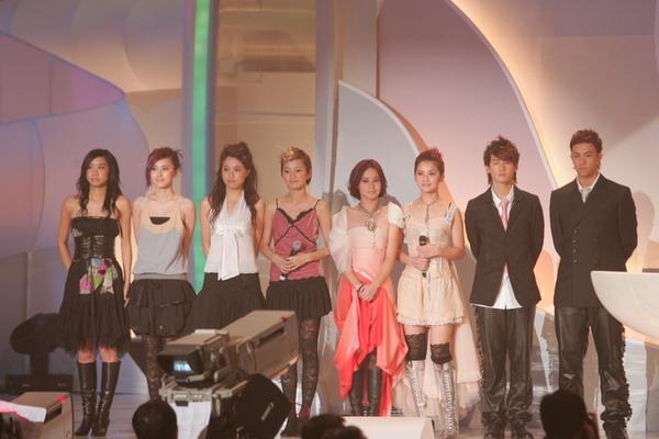 组图:TVB十大劲歌金曲颁奖礼Twins等组合登台